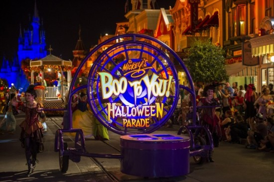 #DisneyParksLIVE to Stream 'Mickey's Boo-To-You Parade' September 22