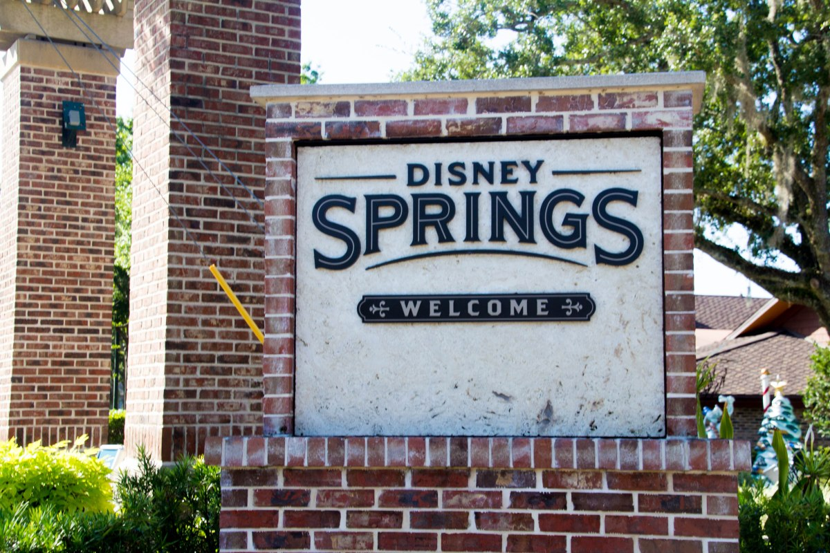 Dining at Magic Kingdom Quick Service Locations Earns Discount Coupons for Disney Springs MarketplaceShopping