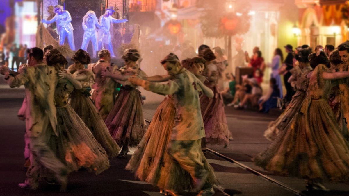 All-New 'Frightfully Fun Parade' Debuts During Mickey's Halloween Party at Disneyland