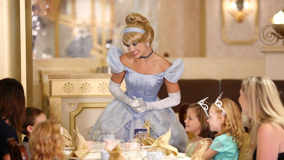 Royal Court Royal Tea Coming to All Disney Cruise LineShips