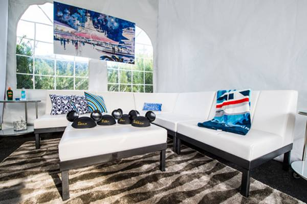 Magic Kingdom Renting Private Cabanas in Tomorrowland