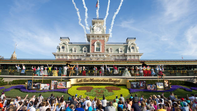 Magic Kingdom Welcome Show to Move to Cinderella Castle Stage