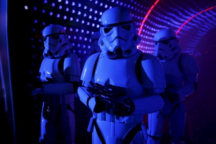"""Characters of Star Wars take part in an event held for the release of the film """"Star Wars: The Force Awakens"""" in Disneyland Paris in Marne-la-Vallee, France, December 17, 2015. REUTERS/Benoit Tessier"""