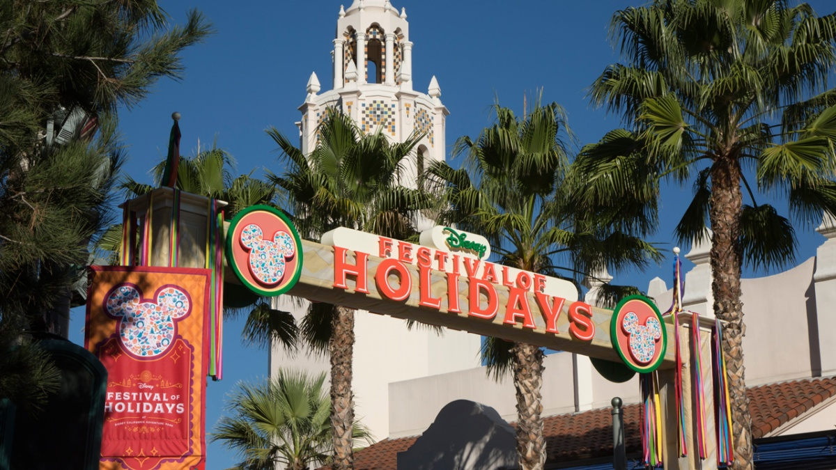 Holiday Celebrations Begin on November 10th at Disneyland Resort